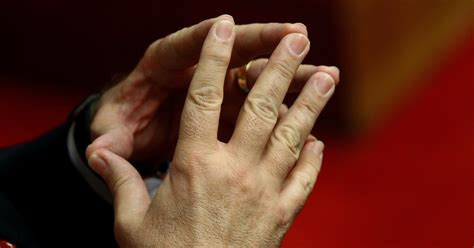 Do Big Hands Mean a Big Penis? No, but His Fingers Can