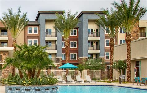 Check Out the Apartment Features | Grayhawk Apartments