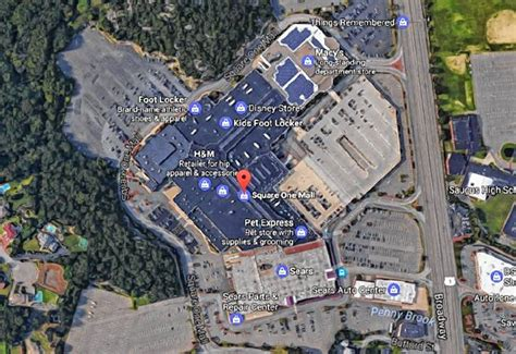 The Recorder - Armed man reported at Saugus mall